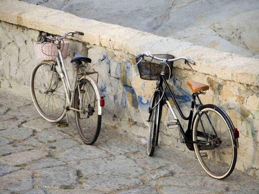 diritti e doveri di chi va in bici